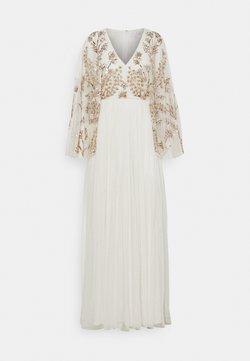 Maya Deluxe - KIMONO SLEEVE EMBELLISHED DRESS - Robe de cocktail - white