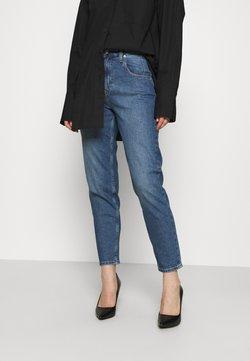 Calvin Klein Jeans - MOM - Relaxed fit jeans - denim medium
