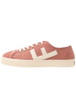 Flamingos' Life - RANCHO - Sneakers laag - brick/ivory