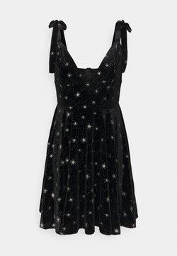 Missguided - PRINT TIE STRAP DRESS - Freizeitkleid - black