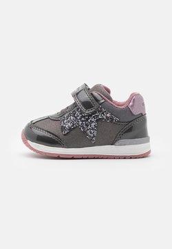 Geox - RISHON GIRL - Sneakers laag - dark grey