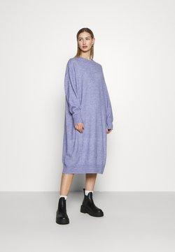 Monki - FELIA DRESS - Vestido de punto - blue solid