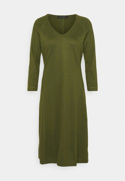 Marc O'Polo - DRESS LONG SLEEVE VNECK - Jerseykleid - native olive