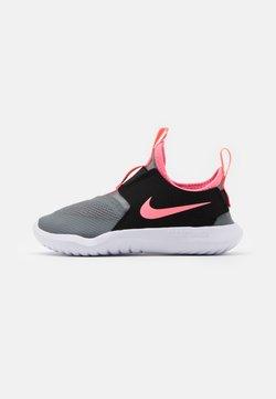 Nike Performance - FLEX RUNNER UNISEX - Zapatillas de running neutras - smoke grey/sunset pulse/black/white