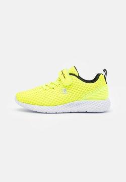Champion - LOW CUT SHOE SPRINT UNISEX - Zapatillas de entrenamiento - neon yellow