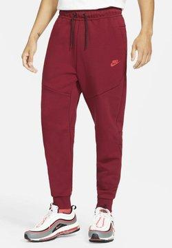 Nike Sportswear - M NSW TCH FLC JGGR - Jogginghose - team red/university red