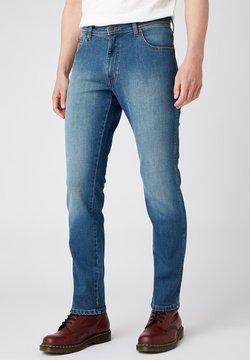 Wrangler - TEXAS - Jeans a sigaretta - in clover