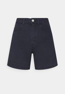 Marc O'Polo DENIM - A SHAPED FIT MID LENGTH LOOSE TURN UP HEM - Denim shorts - odyssey gray