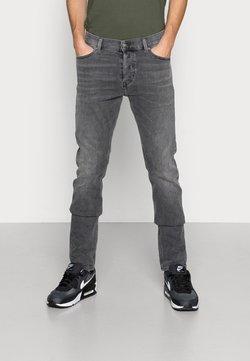 Diesel - D-LUSTER - Slim fit jeans - 009zt 02