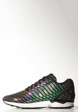 adidas Originals - ZX FLUX - Sneakers laag - black