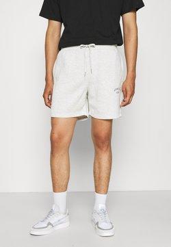 Jack & Jones - JJITOBIAS  UNISEX - Shorts - white melange