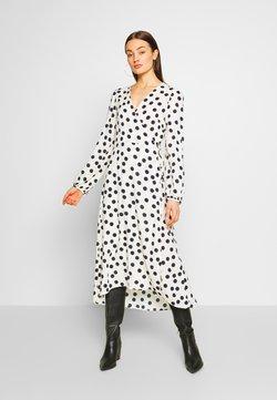 Vero Moda - VMKAYLA WRAP DRESS  - Hverdagskjoler - birch/salute
