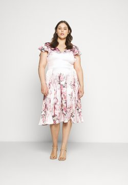 Chi Chi London Curvy - RAENE DRESS - Cocktail dress / Party dress - mink
