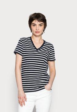 Tommy Hilfiger - NEW V-NECK TEE - T-Shirt print - blue