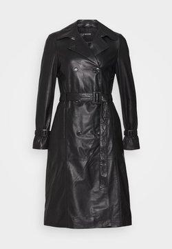 Oakwood - JOURNAL - Trenchcoat - black