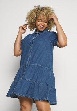 Missguided Plus - SHORT SLEEVE TIERED SMOCK DRESS - Robe en jean - blue