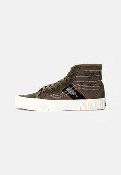 Vans - GYM ISSUE - Höga sneakers - grape leaf/black