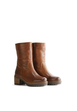 Travelin - VAASA - Boots à talons - cognac
