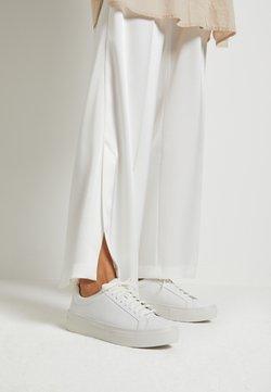 Vagabond - ZOE PLATFORM - Sneaker low - white