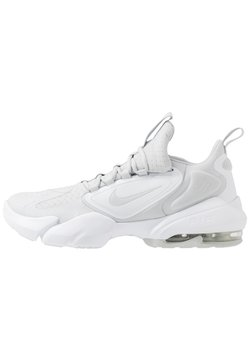 Nike Performance - AIR MAX ALPHA SAVAGE - Obuwie treningowe - pure platinum/white