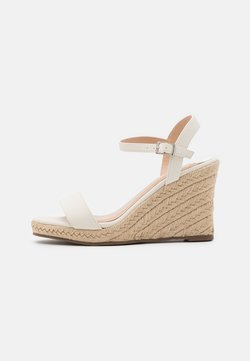 Dorothy Perkins Wide Fit - WIDE FITRAY RAY - Sandalen met plateauzool - white