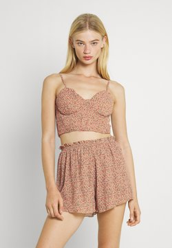 Missguided - DITSY CRINKLE BRALET AND SHORTS SET - Top - multi