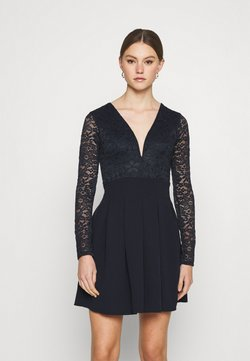 WAL G. - VIVTORIA PLUNGE SKATER DRESS - Cocktailkjoler / festkjoler - navy blue