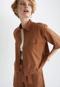 DeFacto - CROPPED FIT - Koszula - brown