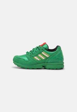 adidas Originals - ZX 8000 LEGO UNISEX - Sneaker low - green/white