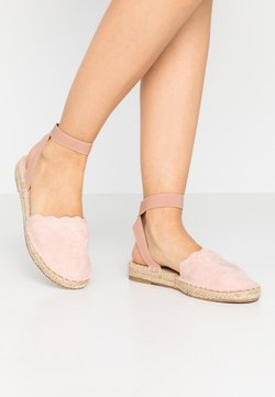 Dorothy Perkins - COURTNEY ELASTIC BACK SCALLOP - Espadrilles - nude