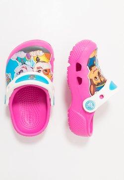 Crocs - FUN LAB PAW PATROL - Badslippers - electric pink