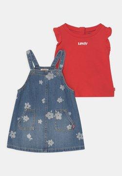 Levi's® - SET - T-Shirt print - blue denim/red