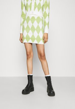 Glamorous - INSTARSIA SKIRT - Minirock - green/off white