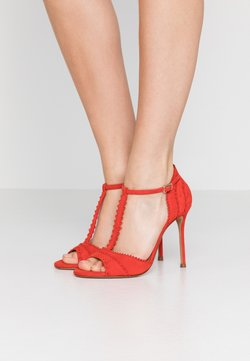 Pura Lopez - High heeled sandals - red