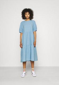 Monki - TORKIE DRESS - Vapaa-ajan mekko - blue light