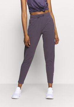 Nike Performance - WARM PANT RUNWAY - Jogginghose - dark raisin/reflective silver