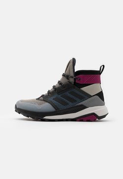 adidas Performance - TERREX TRAILMAKER COLD.RDY HIKING SHOES - Zapatillas de senderismo - metal grey/core black/power berry