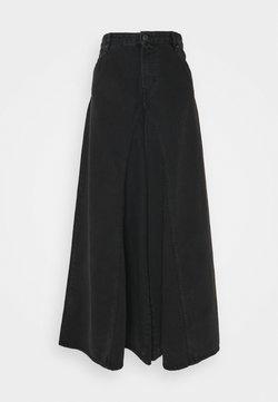 Diesel - D-SPRITZZ-SP1 - Flared jeans - washed black