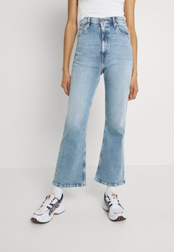 Tommy Jeans - HARPER FLARE ANKLE - Jeans a zampa - denim light