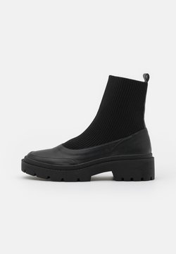 Nly by Nelly - CHELSEA BOOT - Stiefelette - black