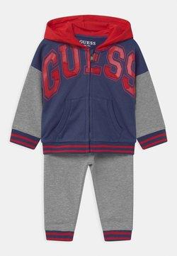 Guess - ACTIVE BABY SET  - Survêtement - grey