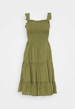 ONLY Petite - ONLPELLEA LIFE STRAP DRESS PETITE - Freizeitkleid - capulet olive