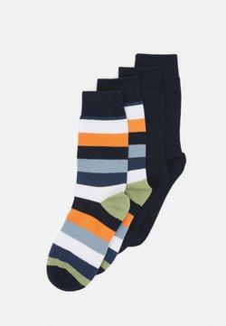 KnowledgeCotton Apparel - TIMBER BLOCK STRIPED SOLID SOCKS VEGAN 4 PACK - Socken - abricut buff