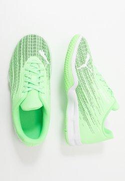 Puma - ADRENALITE 4.1 - Zapatillas de balonmano - elektro green/white