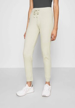 New Look - JOGGER - Jogginghose - light green