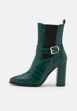 Tata Italia - Stiefelette - green