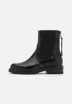Pavement - CECILIA - Korte laarzen - black