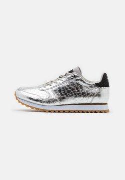 Woden - YDUN SHINY - Sneakers - silver