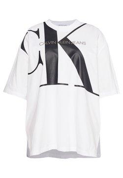 Calvin Klein Jeans Plus - PLUS LARGE TUNIC TEE - T-Shirt print - bright white
