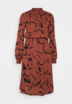 Vero Moda - VMKALINDA DRESS - Robe d'été - mahogany/kalinda